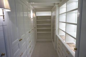 Classic_walkin_closet_woodwork