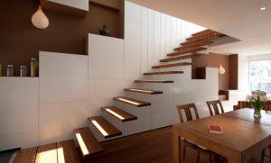 BYTR-architects-Lighthouse-Utrecht-uitkragende-traptreden-harp-doorvalbeveiliging-staalkabels-Bamboo-Joost-van-Basten-smeedwerk-trap-interieur